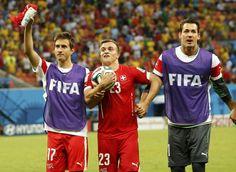 Atacante da Suíça é cortado da Copa após se lesionar em treino