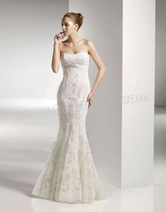 Softly Curved Neckline Embroidered Bodice Mermaid Wedding Dress
