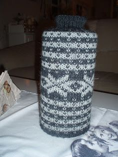 Karipia`s Kreasjoner: Genser til tennbrikett boksen. Decor, Tejidos, Threading, Decoration, Decorating, Deco