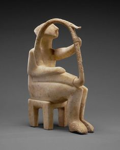 One of ten known Cycladic harpists in the world, and part of the #gettyvillacollection. Musicians were important figures; they not only provided entertainment but also transmitted common history, mythology, and folklore through their stories and singing. _____________  Male Harp Player of the Early Spedos Type, Cycladic, 2700 -2300 B.C. Marble. 14 1/8 × 3 3/4 × 11 1/16 in.