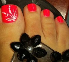 Zehennageldesign Best Summer Toe Nail Designs - DIY Cuteness Landscaping, An American Pass Time Arti Pretty Toe Nails, Cute Toe Nails, Fancy Nails, Diy Nails, Pretty Toes, Toenail Art Designs, Diy Nail Designs, Nail Designs For Toes, Pedicure Nail Art