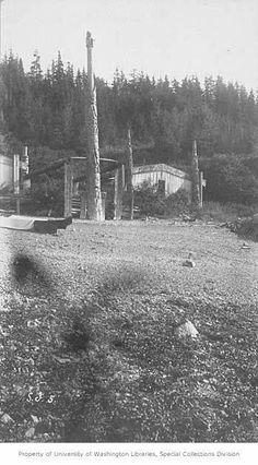 Kasa-an totem poles and house, Kaigani Village, Skowl Bay, Alaska, 1885 Haida Art, La Rive, Western Canada, Totem Poles, Present Day, First Nations, Pacific Northwest, North West, Alaska