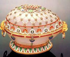 """The Renaissance Egg.  Presented in 1894 by Tsar Alexander III to his wife, Maria Feodorovna.  It was the last egg made for the Tsar before his death that November.  The """"surprise"""" is lost."""