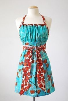 Pretty Ditty Apron e-pattern:   This would be awesome