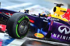 Sem dó, Vettel mostra ser o melhor em qualquer condição ao marcar pole na chuvosa Interlagos.