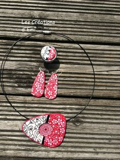 parure serigraphie moiko, silk screen, fleur de cerisier, rouge fimo, mandala, emicreation