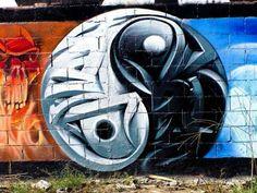 °YinYang street art