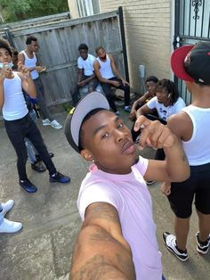 Fine Black Men, Gorgeous Black Men, Cute Black Guys, Black Boys, Fine Men, Beautiful, Cute Lightskinned Boys, Hot Boys, Cute Guys
