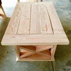 DIY Farmhouse coffee table made with a Kreg Jig®️ K5 Pocket Hole Master System - made by Joel D.