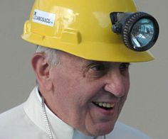 Pope Francis wears a hard hat he received from a miner during a Mass outside the Sanctuary of Our Lady of Bonaria in Cagliari, Sardinia, Sep. Papa Francisco I, Santa Sede, Roman Catholic, Catholic Bishops, Our Lady, Gwyneth Paltrow, Madonna, Saints, Beautiful