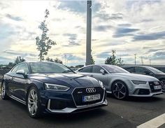 Same performance - different style Both are rated at 3.9sec 0-100 km/h Which one would you drive? -- #Audi #newRS5 #RS7 at Audi Zentrum Hanau pic @audizentrumhanau ---- oooo #audidriven - what else ---- #AudiRS5 #RS5 #RS5Coupe #AudiRS7 #RS7Sportback #quattro #blueRS5 #silverRS7 #4rings #AudiSport #drivenbyvorsprung #audizentrum #audizentrumhanau #blueaudi #silveraudi #hanau #audirsperformance #carsbyaudisport