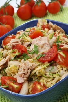 Kuskus s tuniakom - Recept pre každého kuchára, množstvo receptov pre pečenie a varenie. Recepty pre chutný život. Slovenské jedlá a medzinárodná kuchyňa Vinaigrette, Vegetable Recipes, Couscous, Fried Rice, Pasta Salad, Quinoa, Risotto, Healthy Recipes, Healthy Food