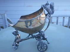 Nice Victorian Silverplate Squirrel On Carriage Nut Bowl Middletown Plate Co