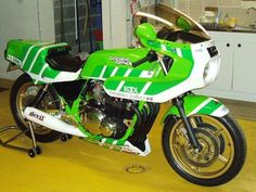 Image issue du site Web http://www.godier-genoud-passion.org/images/vosmotos/1135-patmm.jpg
