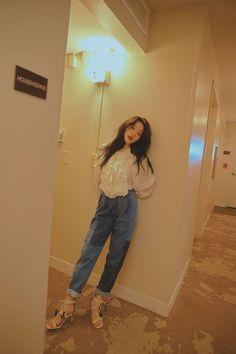 Red Velvet Yeri Photoshoot For Grazia Korea Red Velvet イェリ, Red Velvet Seulgi, Red Velvet Photoshoot, Kim Yerim, Velvet Fashion, Aesthetic Girl, South Korean Girls, Girl Crushes, Kpop Girls