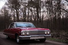 ebay auto  #automobili #occasioni #auto #ebay #macchine #vettura Chevy week is the best week. Friends 63 Impala (more photos in comment  bonus Blazer because chevy)