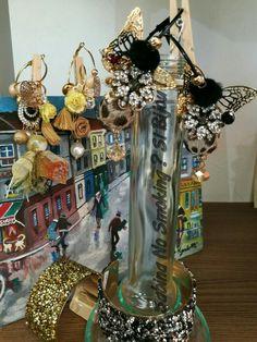 Orecchini #unicisabinanosmokingsibijou creazioni artigianali fatti a mano da me #sabinanosmokingsibijou...Vetrinetta  #viamilano52 .....#sabbinadasabina...