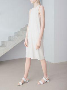 Sleewless Dress, THISISNON, Raw Sil Collection, photo Kasia BielskaNON
