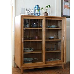 巣巣:item - storage » 引き戸の食器棚