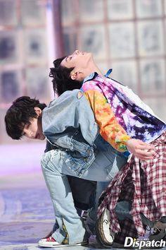 "[ taehyung + jungkook ] naver x dispatch ""Fake Love"" comeback MV Bts Jungkook, Bts Jin, Suga Suga, Taekook, Jung Kook, Foto Bts, Yoonmin, Rap Monster, Seokjin"