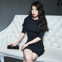 IU Sony Audio Korean Actresses, Her Music, Debut Album, Korean Singer, Bigbang, Asian Beauty, Kdrama, Sexy, Pretty