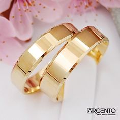 Wedding Ring Sets Unique, Classic Wedding Rings, Beautiful Wedding Rings, Gold Wedding Rings, Wedding Rings For Women, Gold Engagement Rings, Wedding Preparation, Couple Rings, Ring Verlobung