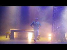 Jochem Myjer danst bij Rapalje - YouTube