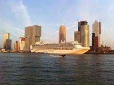 Cruiseschip 'Princess', Wilhelminapier, Rotterdam