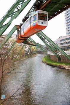 Schwebebahn/Wuppertall