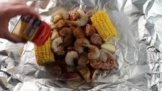 This Shrimp Boil in Foil literally only takes 20 minutes to bake in the oven. No big messy pots to clean up either. Just toss everything together in a foil packet and done! This makes clean up a total breeze! Shrimp Foil Packets Oven, Shrimp Boil In Oven, Shrimp Boil Foil, How To Cook Shrimp, Cajun Shrimp, Grilled Shrimp, Seafood Boil Recipes, Seafood Bake, Foil Pack Meals