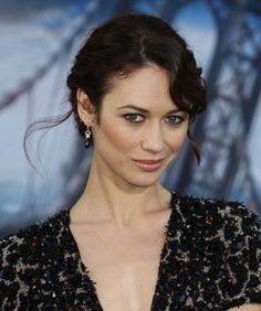 Olga Kurylenko talks about filming with Tom Cruise in her new movie Oblivion. Female Actresses, English Actresses, Olga Kurylenko Oblivion, French Beauty, French Actress, Brunette Beauty, Wedding Art, Tom Cruise, Celebs