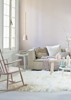 #pastels #winter #livingroom  Styling: Cleo Scheulderman @vtwonen photo: Jeroen van der Spek