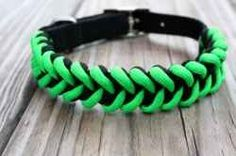 This tutorial gives you the paracord dog collar instructions needed to a paracord dog collar