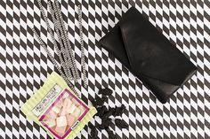 Take your envelope:  clutch & wallet everywhere! Deinen Envelope: clutch & wallet kannst Du überall hin mitnehmen!