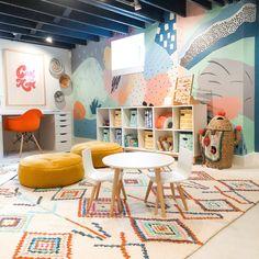 Playroom Design, Playroom Decor, Colorful Playroom, Chalkboard Wall Playroom, Kids Playroom Rugs, Playroom Organisation, Indoor Playroom, Montessori Playroom, Toddler Table And Chairs