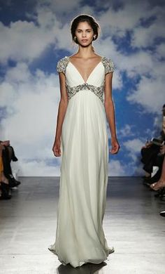 Jenny Packham Noa: buy this dress for a fraction of the salon price on PreOwnedWeddingDresses.com