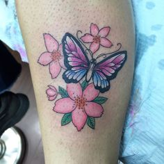 Done by @delfindaniel #colortattoo #boltattoo #butterfly #flowers by boltattoo