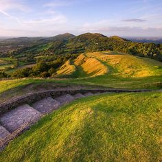 'Malvern Hills: Ancient Pathways' by Angie Latham Beautiful Islands, Beautiful Places, Malvern Hills, River Severn, Herefordshire, Old Farm Houses, England And Scotland, British Isles, Landscape Photos
