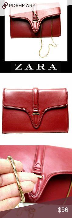"NWOTZARA BASIC  ENVELOPE CLUTCH W/GOLD CHAIN NWOT ZARA BASIC ENVELOPE CLUTCH W/GOLD CHAIN Beautiful! Not Leather Approx Meas; L   11 1/2"" H   8"" Strap Drop    20"" Zara Bags Clutches & Wristlets"
