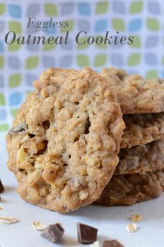 Oatmeal cookies are always a delight to have, be it just plain or for breakfast. Normally i would make these with eggs and wondered how a cookie would taste if made . Eggless Desserts, Eggless Recipes, Eggless Baking, Keto Apple Recipes, Lemon Recipes, Baking Recipes, Paleo Dessert, Healthy Cookies For Kids, Oatmeal Raisin Cookies