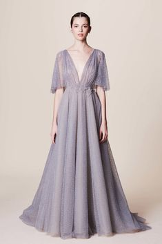 Get inspired and discover Marchesa trunkshow! Shop the latest Marchesa collection at Moda Operandi. Fashion 2017, Runway Fashion, Fashion Show, Bridal Fashion, Fashion Beauty, Fashion Trends, Bridesmaid Dresses, Prom Dresses, Formal Dresses