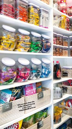 I like this idea but way too much candy for my household! The concept of the organization in the pantry I like though. Organized Pantry, Organization Ideas For Pantry, Apartment Kitchen Organization, Organize Fridge, Kitchen Organization Pantry, Pantry Room, Container Organization, Kitchen Pantry Design, Walk In Pantry