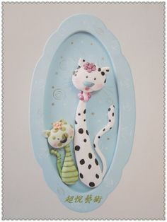 cute, and I even have some vintage plates shaped like this, how perfect is that? Crea Fimo, Fimo Clay, Polymer Clay Projects, Polymer Clay Art, Ceramic Clay, Clay Cats, Polymer Clay Animals, Play Clay, Clay Design