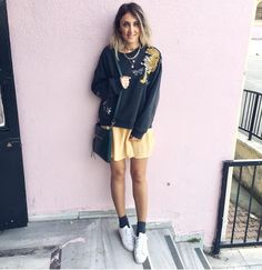 """Mi piace"": 270, commenti: 14 - Zerrin Türkkan Can (@zerrinncan) su Instagram: ""Gunaydin herkese mutlu haftalar millet🙋😍 #moda #hm #zara #fashion #fashionista #ootd #outfit…"""