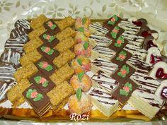 Rozi Erdélyi konyhája: Lakodalmas sütemények Gingerbread Cookies, Fondant, Waffles, Coffee, Breakfast, Food, Advent, Places, Gingerbread Cupcakes