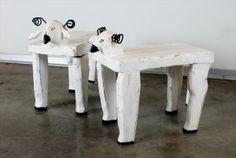 שרפר,/שולחן צד כבשה גילוף עץ עבודת יד