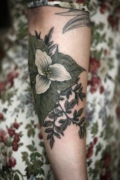 Exquisitely Beautiful Botanical Tattoos by Alice Carrier - My Modern Met
