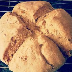 Irish wheat soda bread #breads #breakfast #bakes #irish #soda #wheat #wholewheat #raisins #buttermilk #traditional #st.Patrick