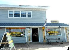 Mega Munchies is located on the corner of 26th Street in North Wildwood New Jersey. They offer pizza, wings, hoagies, steaks, fries and more!