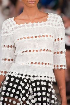 Oscar de la Renta at New York Fashion Week Spring 2014 Runway Fashion, Fashion 2014, Spring 2014, Saint Laurent, My Style, How To Wear, Outfits, Silhouette, Women